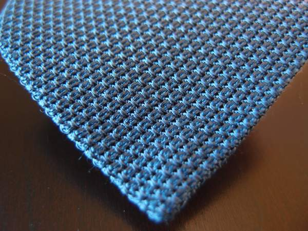 Sam-hober-grenadine-necktie-tip