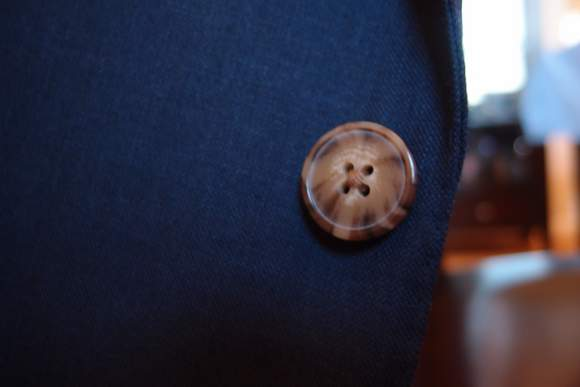 Proper-suit-button