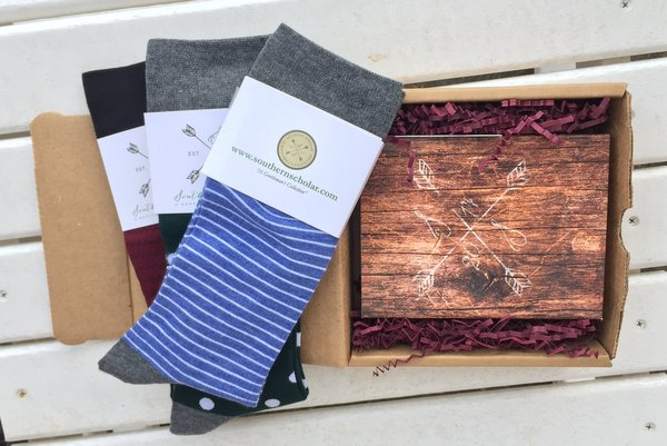 """Reviewing Southern Scholar's Superior Socks for """"Guys Who Give a Damn"""""""
