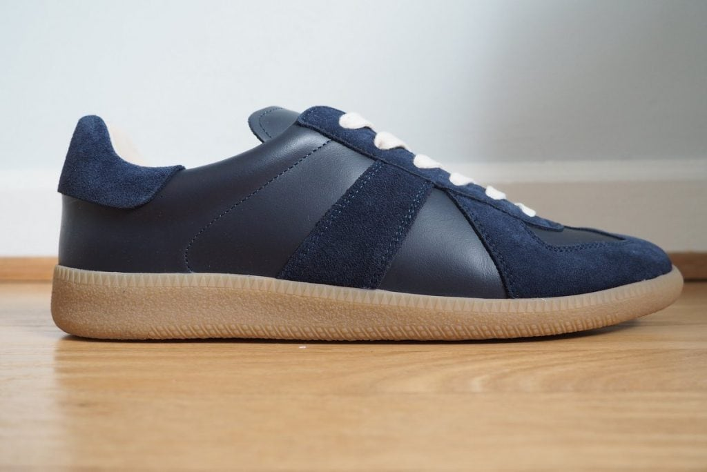 Oliver-Cabell-minimalist-leather-sneakers-profile